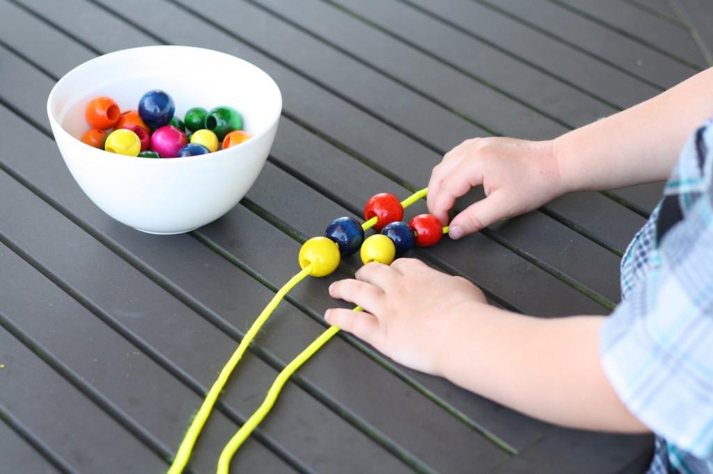 Fine motor activities for preschoolers playdough to plato for Playdough fine motor skills