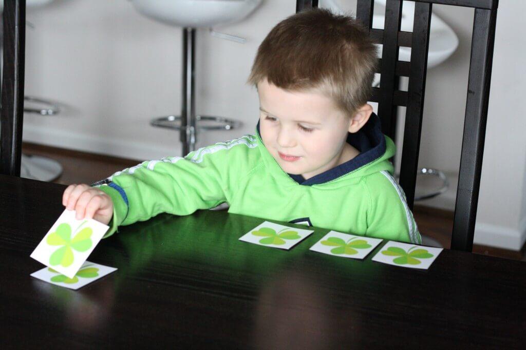 5 Little Shamrocks: A Toddler Rhyme. {Playdough to Plato}