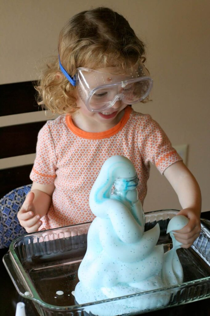 20 kids science experiments you can do at home playdough to plato