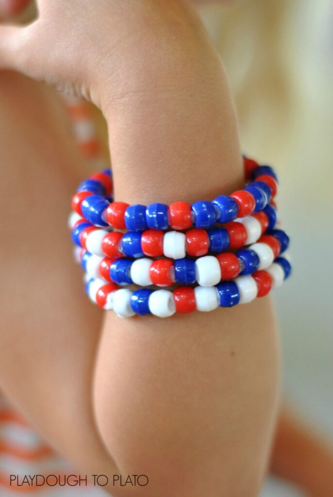 patriotic bracelets fine motor activity - Playdough to Plato
