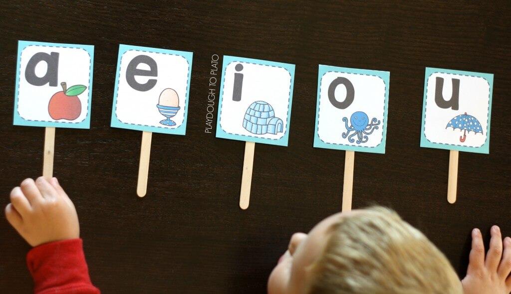 Engaging vowel sound sticks
