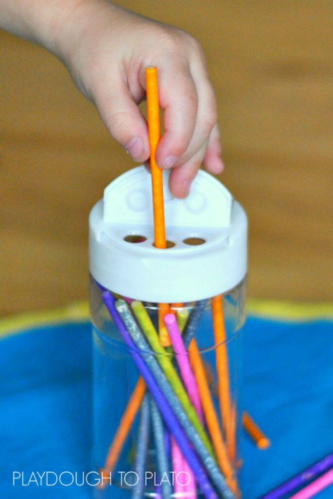 This fine motor activity is designed just for little toddler fingers, and it's super easy to set up, too! -- Playdough to Plato