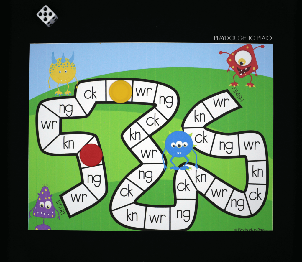 Roll the die and name a word starting with the digraph you land on!